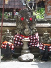 Sculptures @ Ubud Palace